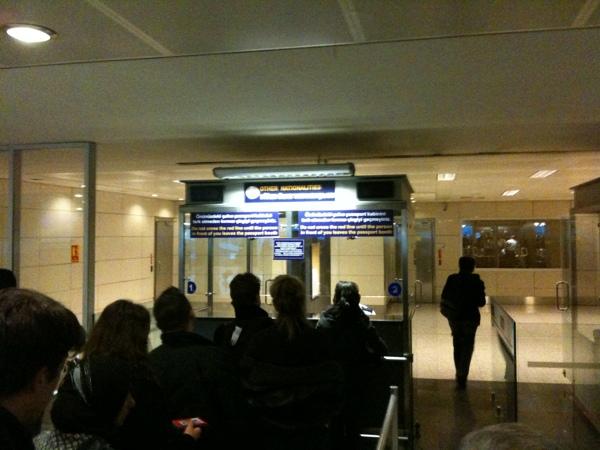 passkontolle am flughafen atatürk